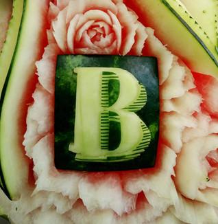Melon d'eau sculpté logo (2).jpg
