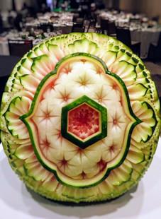 Melon_d'eau_sculpté,_événement_Caisses_D