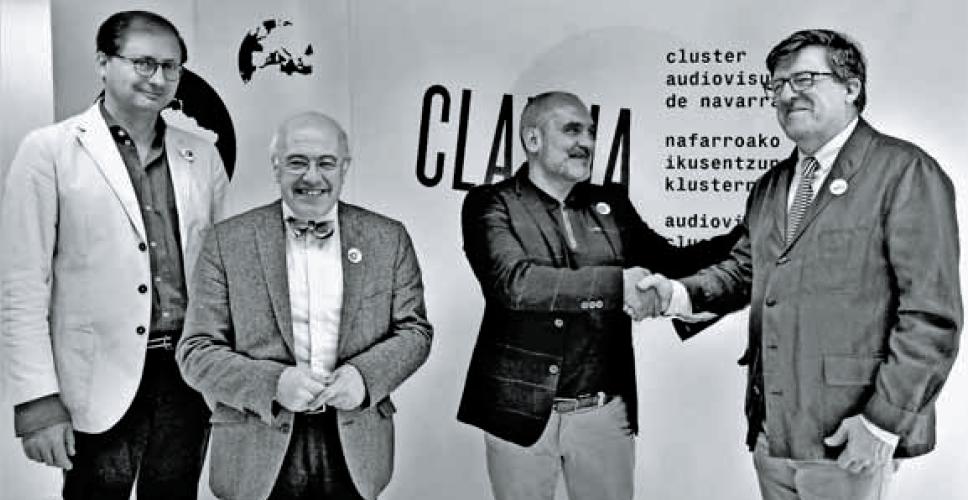 Izda. a dcha: Rubén Labiano (secretario), José Manuel Pozo (coordinador), Arturo Cisneros (Clavna) y Juan Miguel Otxotorena (pte. AREA).