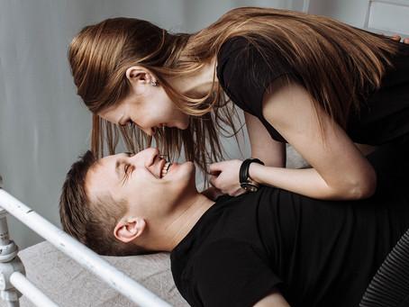 Le massage naturiste pour couple, la meilleure activité à faire à deux
