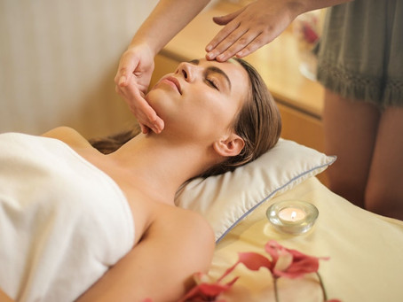 Soyez partant pour un bon massage à Paris durant vos congés d'été !