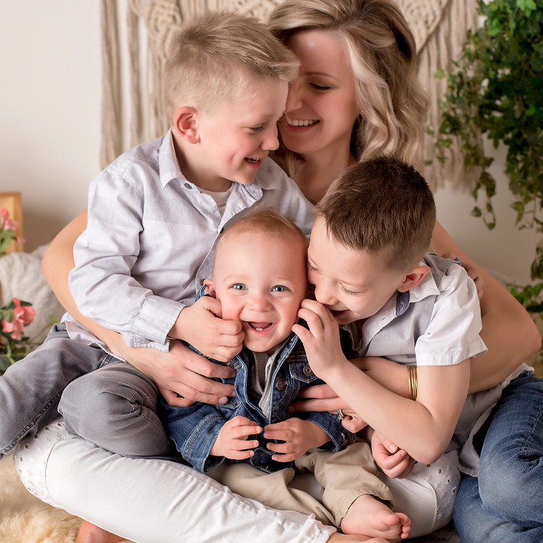 Mother's Day/Spring Mini Sessions