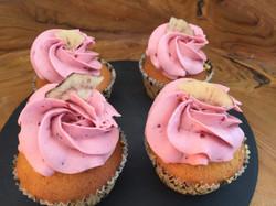 Cupcakes mit Erdbeeren