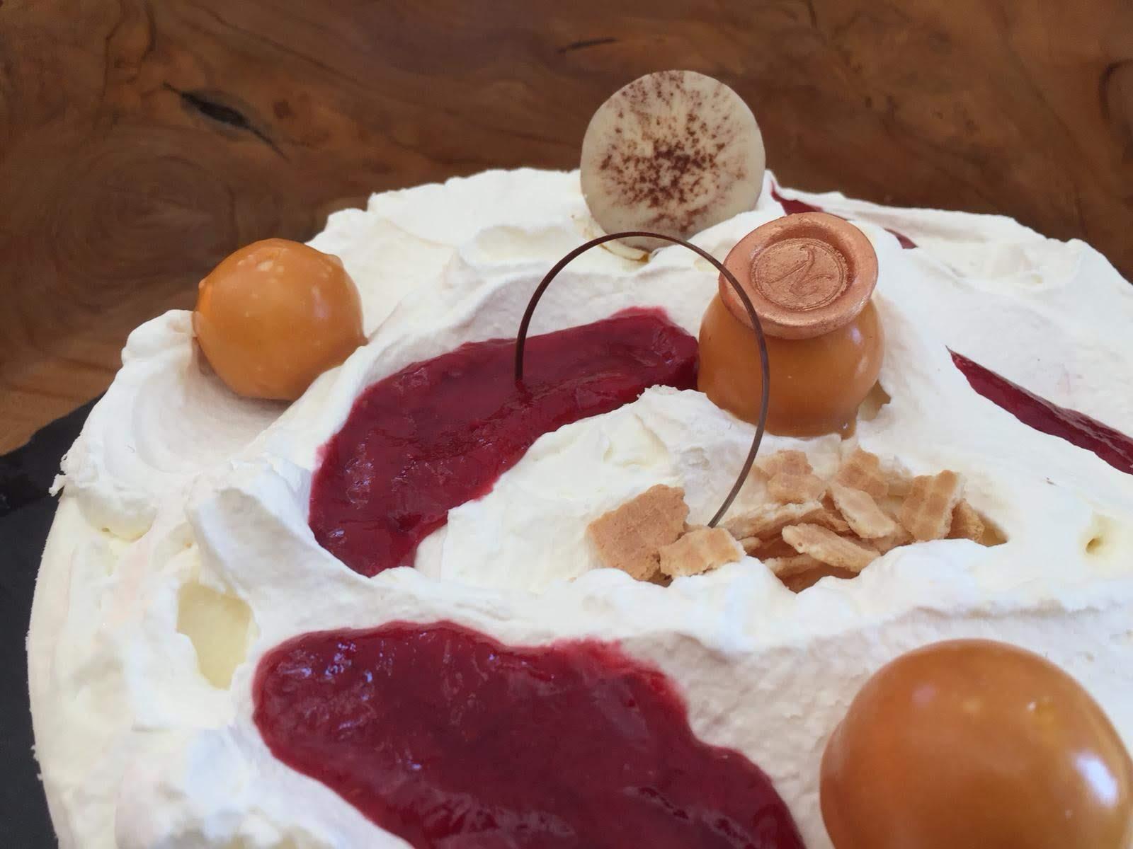 Vacherin Torte
