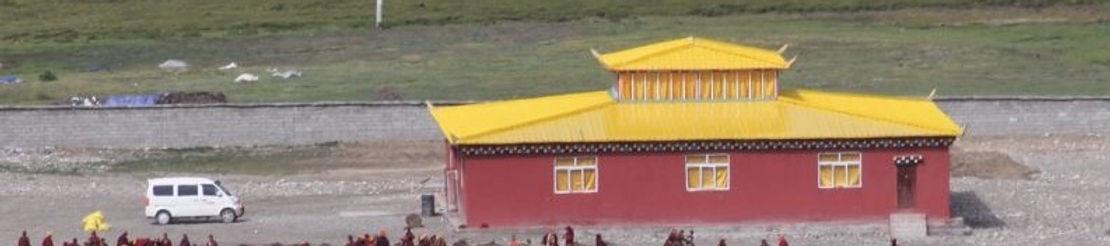 kinderen en ouderen in Tibet