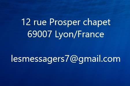 34784599-résumé-fond-bleu-marine-profond