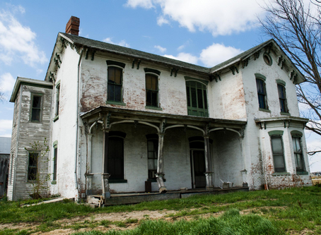 10 Signs Your Fixer-Upper is a Money Pit