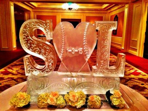 INITIALS WITH LOVE HEART ICE SCULPTURE