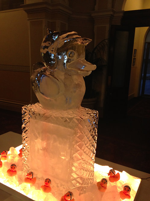 DUCK ICE SCULPTURE