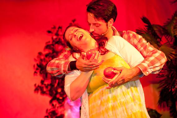 Die Tagebücher von Adam und Eva 2013 Coupé Theater Berlin ©SabineMünch (mit Gerd Achilles)
