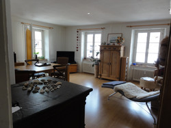 Wohnzimmer und Holzofen