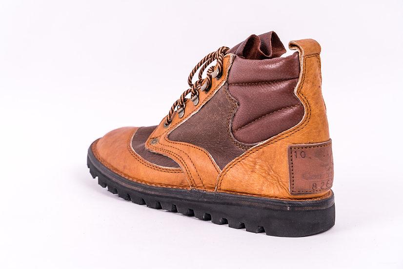 Courteney boots the classic selous