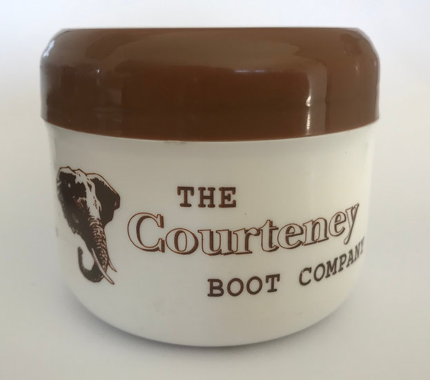 Courteney boot food - shoe grease