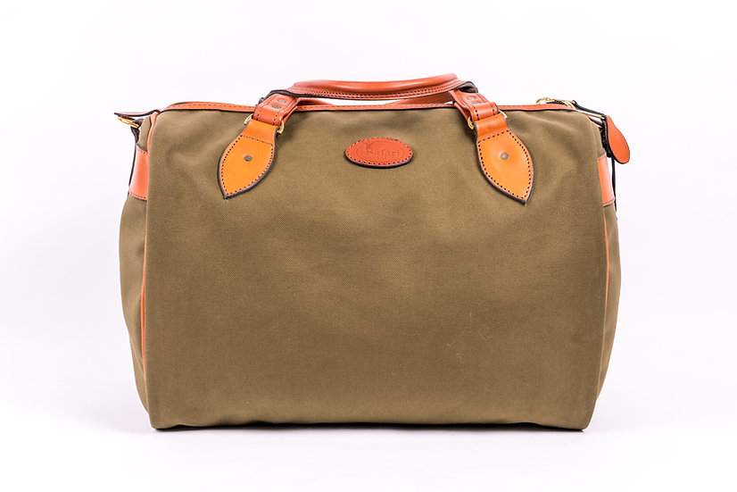 Weekend bag in green canvas and tan leather UK made