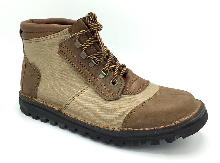 The Courteney Safari in Canvas andBuffalo Leather