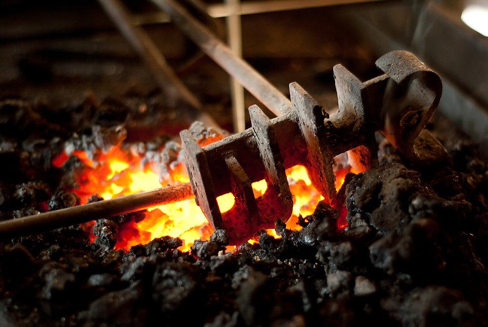 brandfing iron.jpg