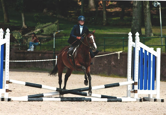 jeannie and quishare bonny over fences
