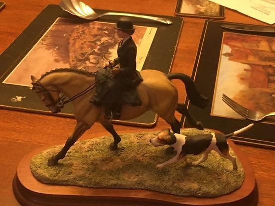 heidi treasure side saddle near side sma