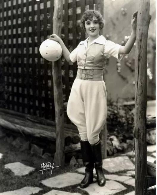 Madge Bellamy 1920s (1).webp