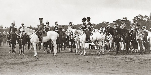 Tsar Nicholas with Olga and Tatiana .jpg