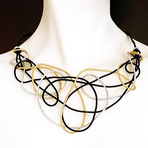 Tri-color Abstract Aluminum Wire Choker