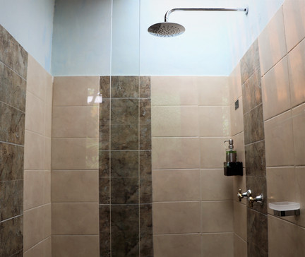 Shower Casa Luna