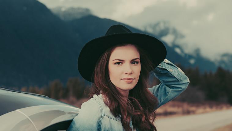 Tess Anderson 6
