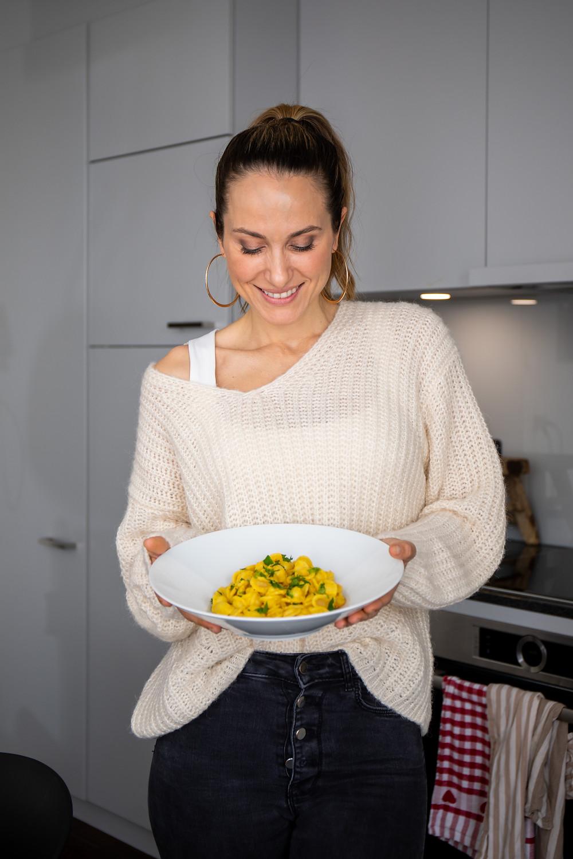 Zoe Torinesi, Moderatorin und Gründerin Foodblog cookinesi.com