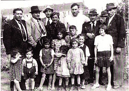 A Sinti Gypsy family in Germany before their flight from the Nazis