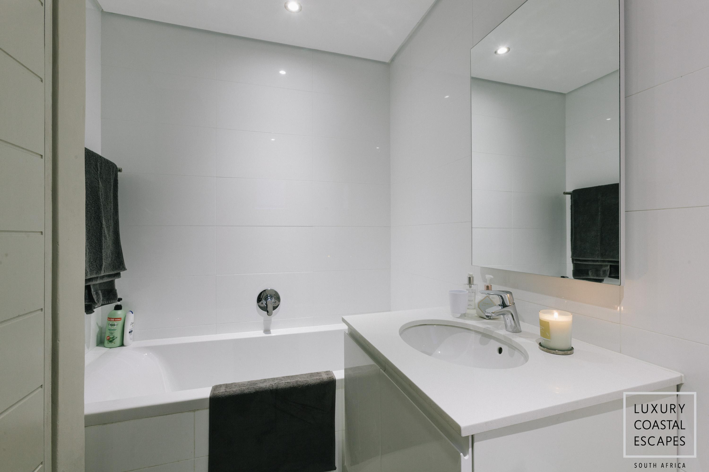 Sloane Square large apartment-0306