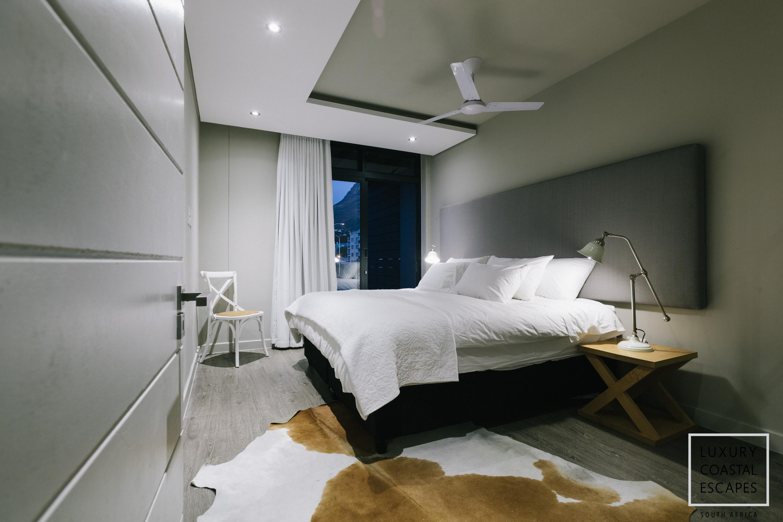 Sloane Square large apartment-0342