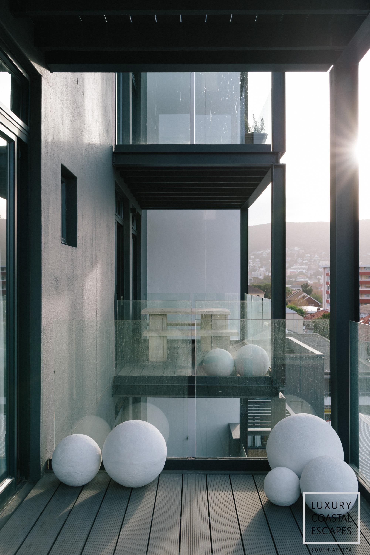 Sloane Square large apartment-9498