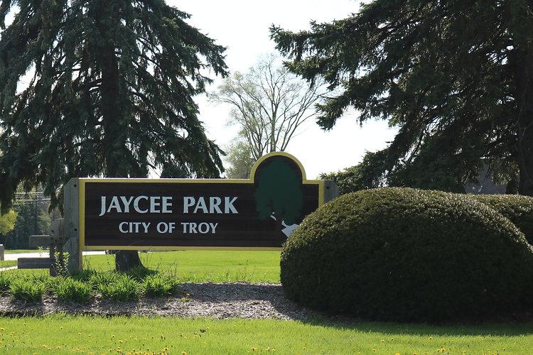 Jaycee Park Entrance_edited.jpg