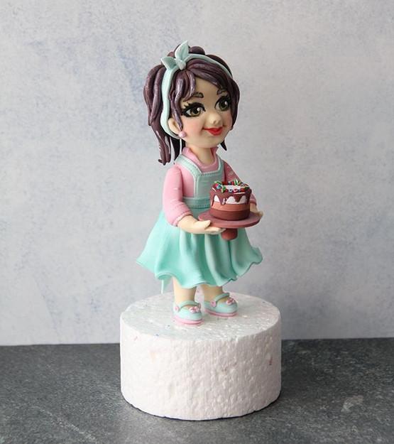 Девочка с тортом._._._Могу сказать точно