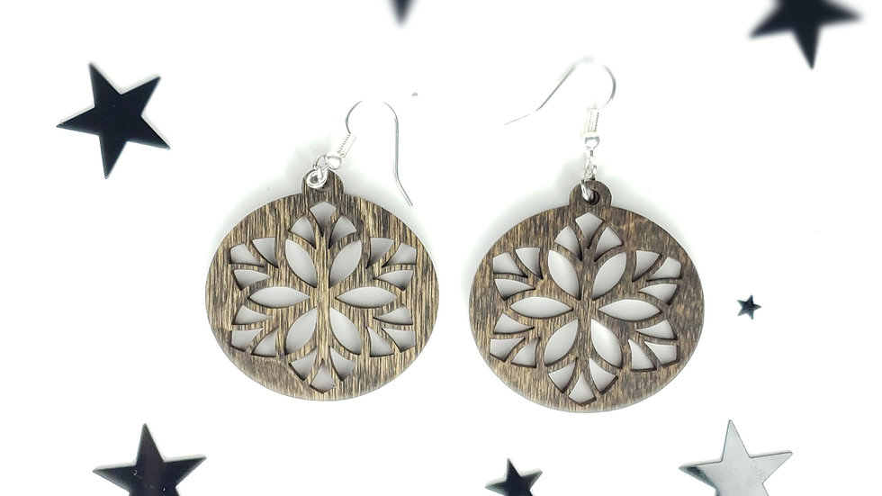 Star leaf mandala style round earrings