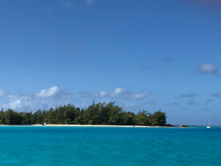 Right off the boat optionalexcursions in French Polynesia