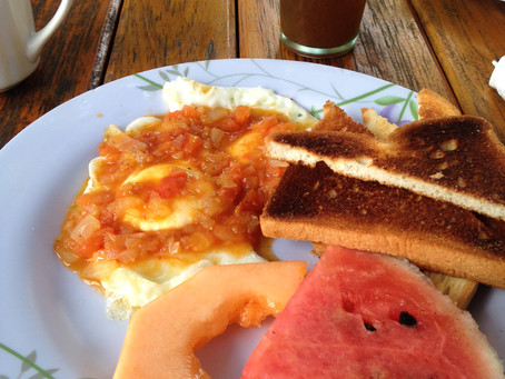 Save money by making tropical breakfast at home