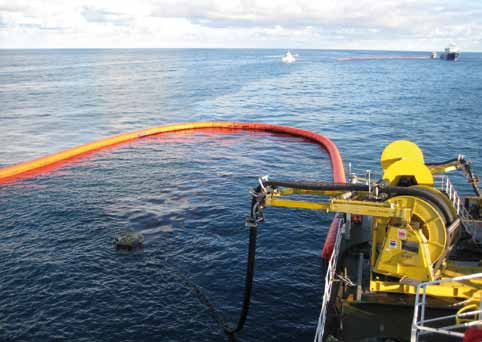 Offering a complete oil spill response solution; NorLense booms contain the spill and recovering onto a vessel with the Framo TransRec Oil Skimmer System.