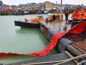 Using Lamor's Foam Filled Oil Boom (FOB) for Nearshore and Port Use.