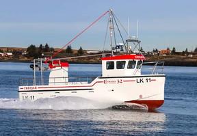 Doosan Chosen for New Cleopatra 32 Hull Design