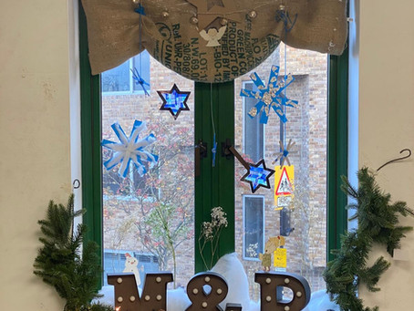 Three ways to make your own Winter windowland snowflakes