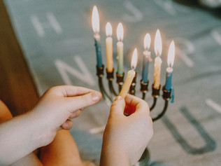 5 terrific kids books for Hanukkah