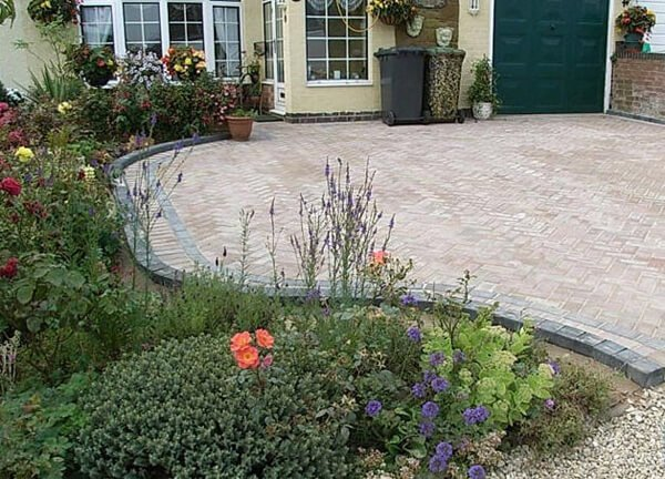 Midland Landscapes & Swift Contractors - Kenilworth Driveway