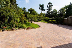 Midland Landscape & Swift Contractors - Kenilworth Driveway