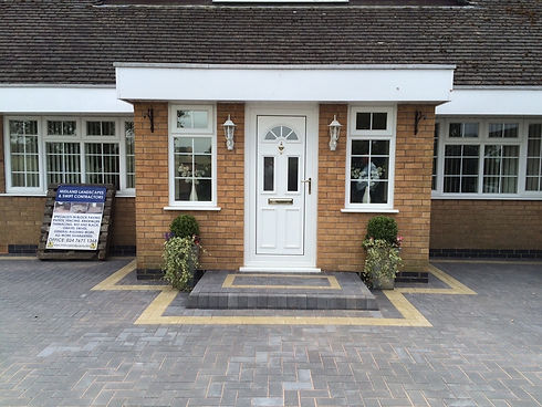 Midland Landscapes & Swift Contractors - Warwick Driveways