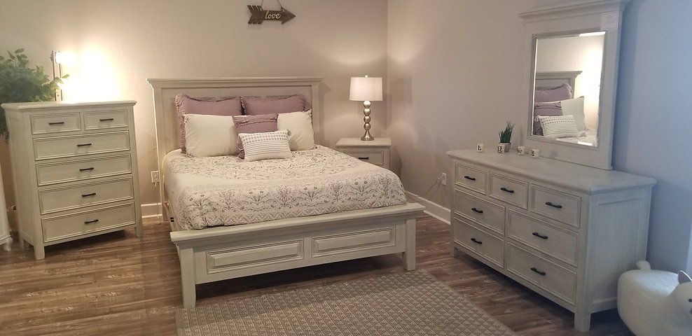 Coastline Queen Bed.jpg