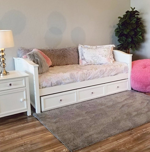 Ashley Daybed w/ Trundle