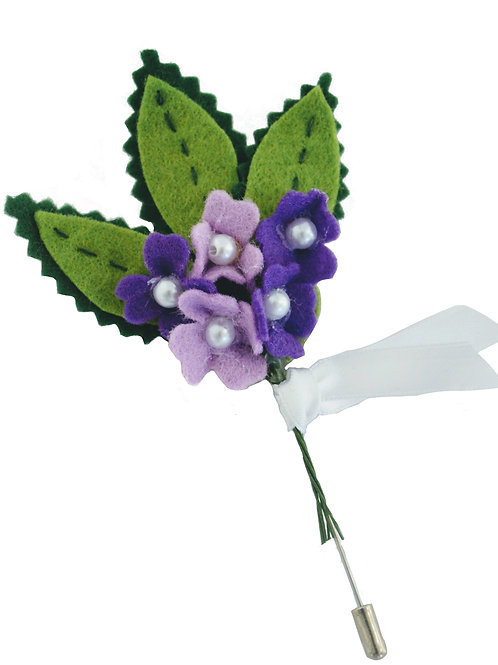 Daisy and Pearl Boutonniere