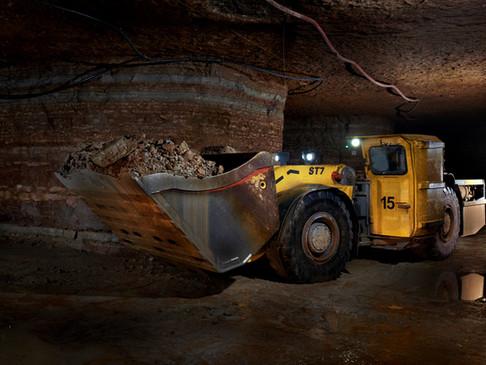 E2E Connectivity for an Underground Mine