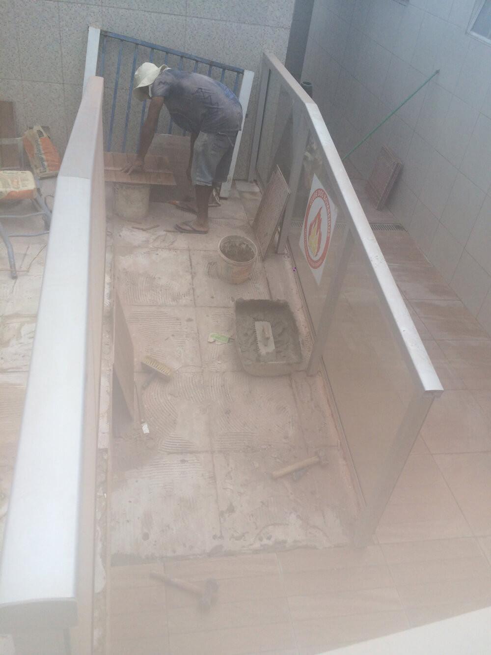 Figura 3 - Rampa de acesso aos banheiros e sauna